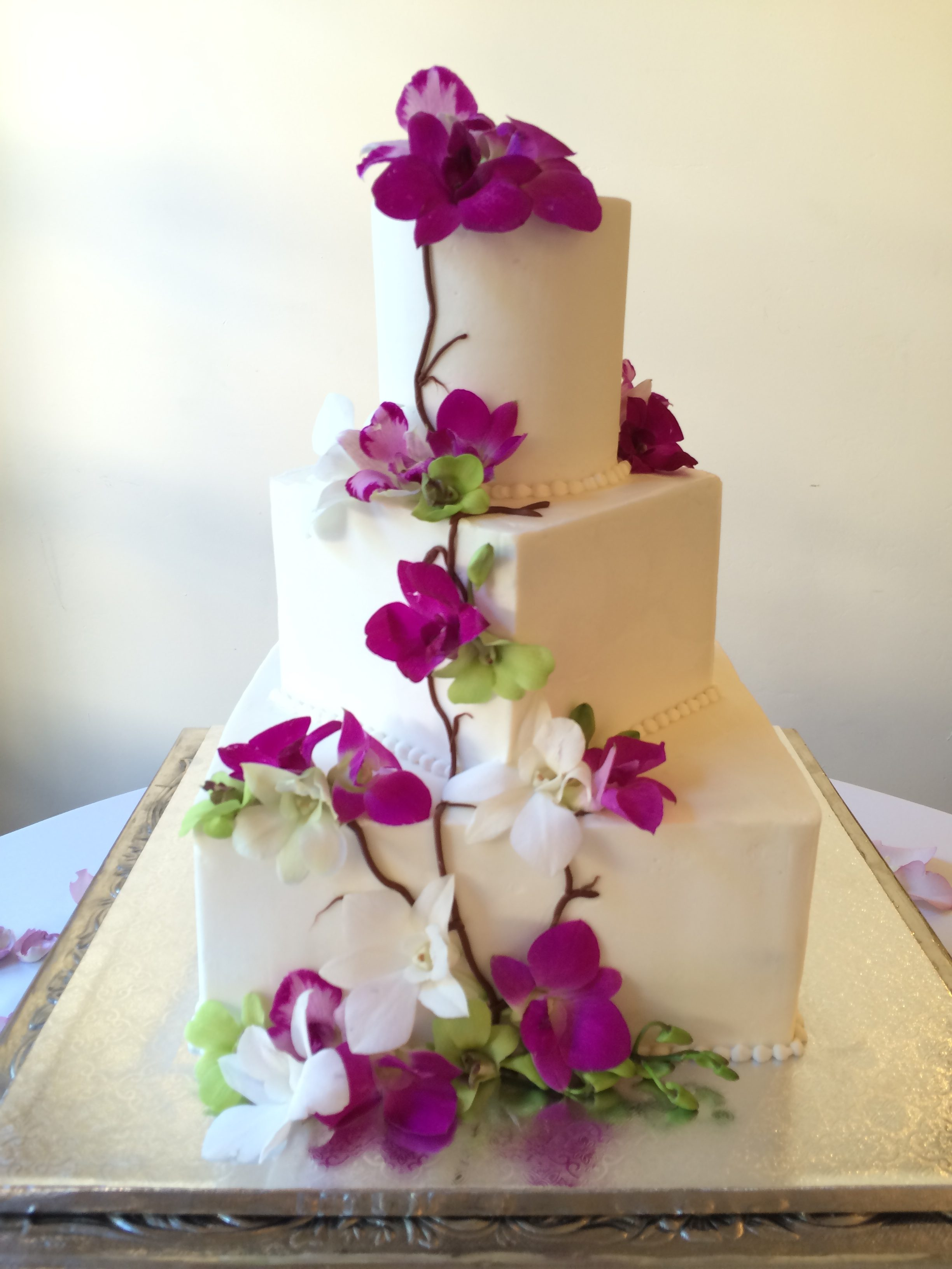 Arizona Custom Wedding Cake Flower Creations By Rita S Floral Designs