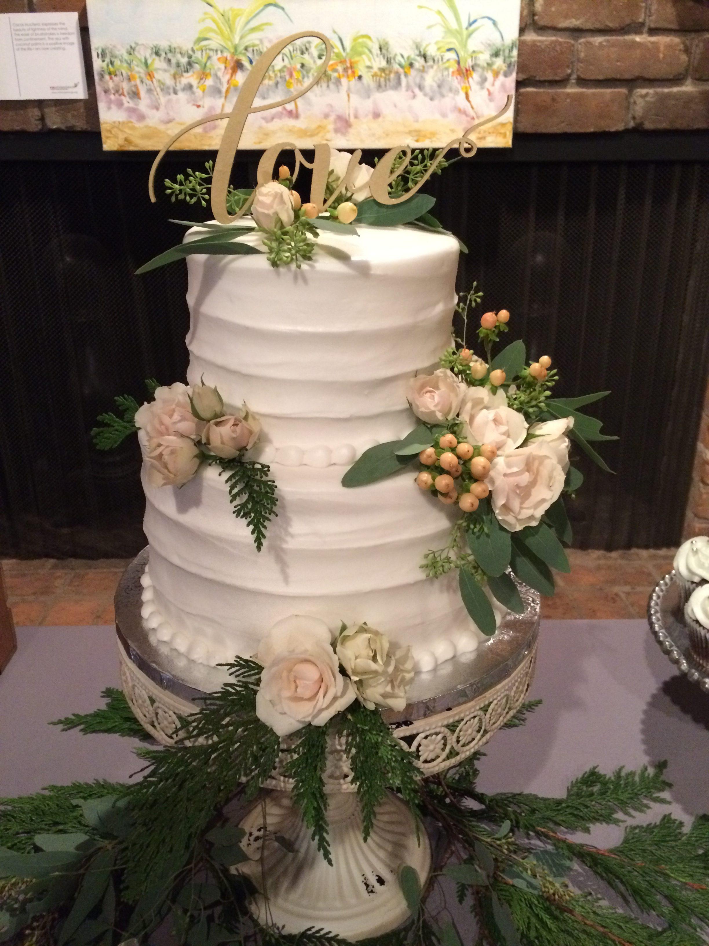 Wedding Cake Flowers.Cake Flowers Rita S Floral Designs